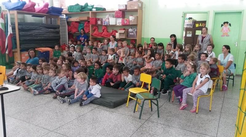 ESF da Vila Nova faz trabalho de prevenção ao mosquito Aedes aegypti em escolas (4)