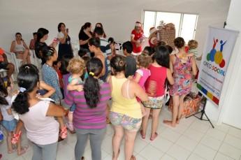 Circo Social realiza entrega de presentes em comunidades de Rio Negro e Mafra (18)