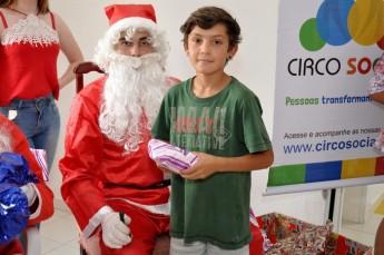 Circo Social realiza entrega de presentes em comunidades de Rio Negro e Mafra (19)