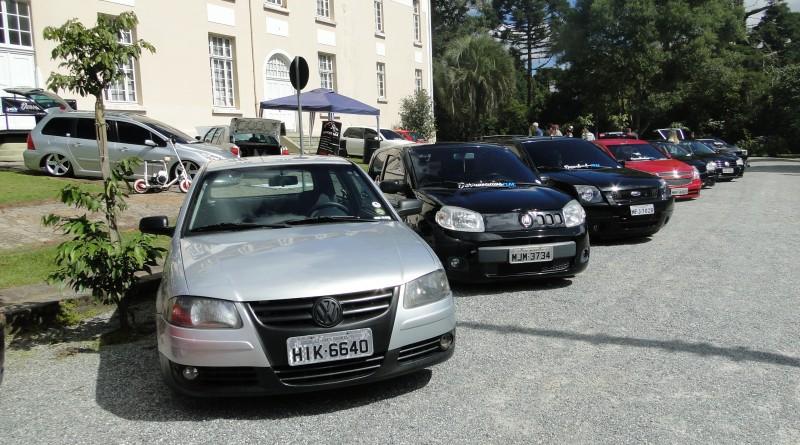 Encontro de Carros Customizados em Rio Negro