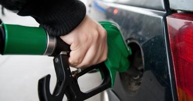 Juiz do DF suspende decreto que aumentou imposto de combustíveis