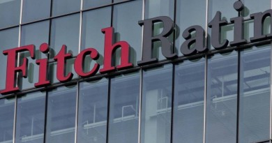 Fitch rebaixa rating do Brasil para BB-