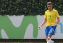 Zagueiro Bruno Fuchs, do Inter, é convocado por Tite para treinar com a Seleção