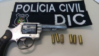 Polícia civil encontra arma - abril2017 (1)
