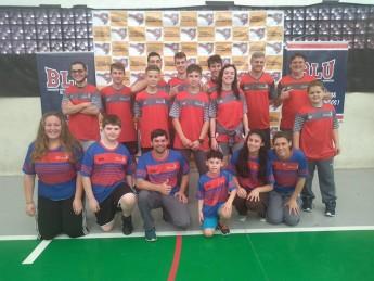 Foto: Atletas da Abam Badminton